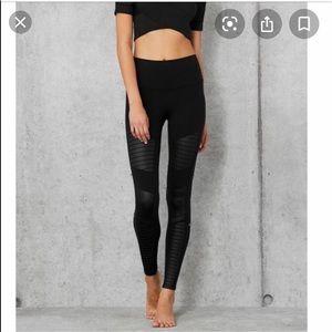 All yoga high waist Moto leggings